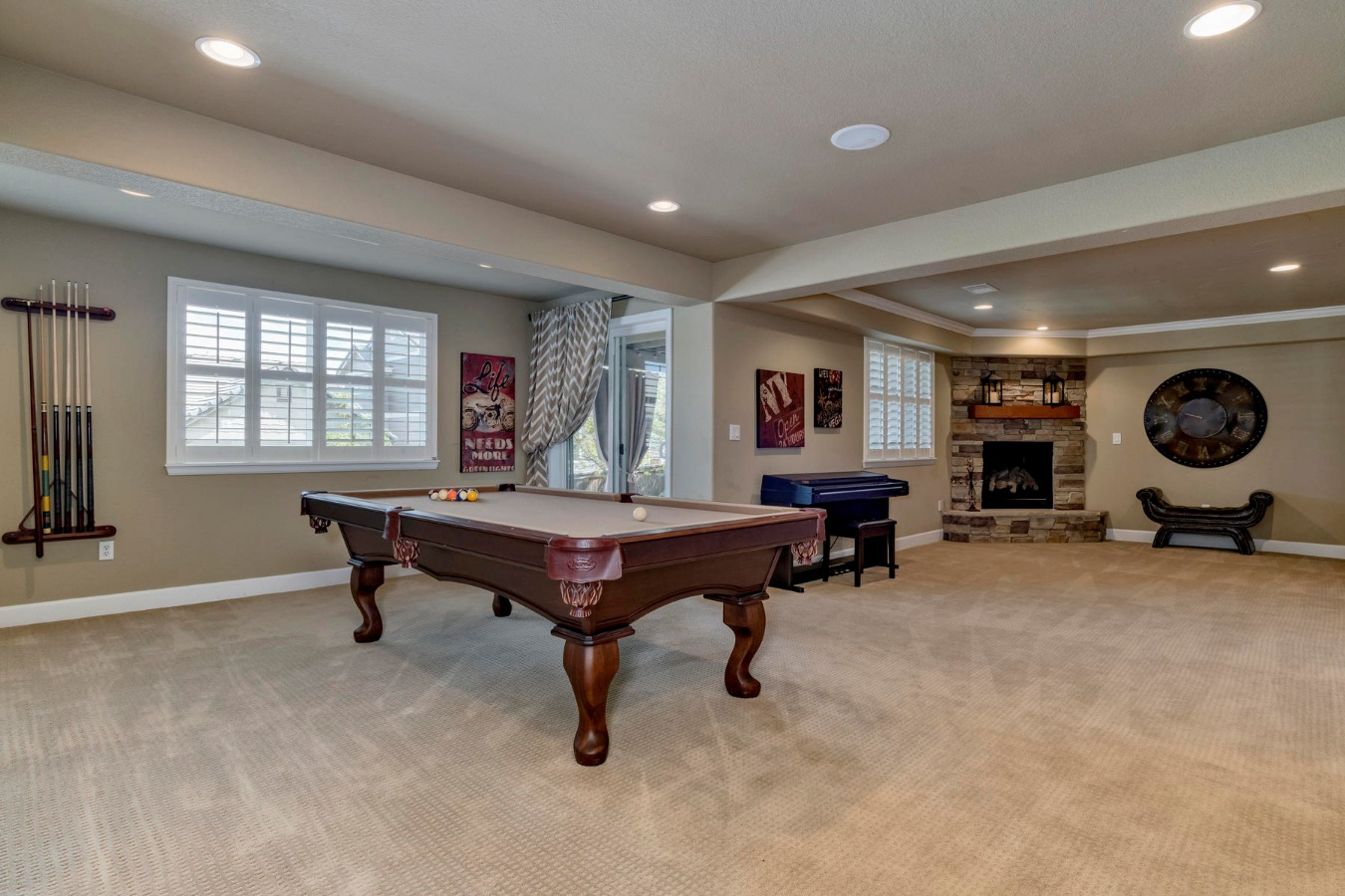 Extra Large Room for a Pool or Game Table Here!