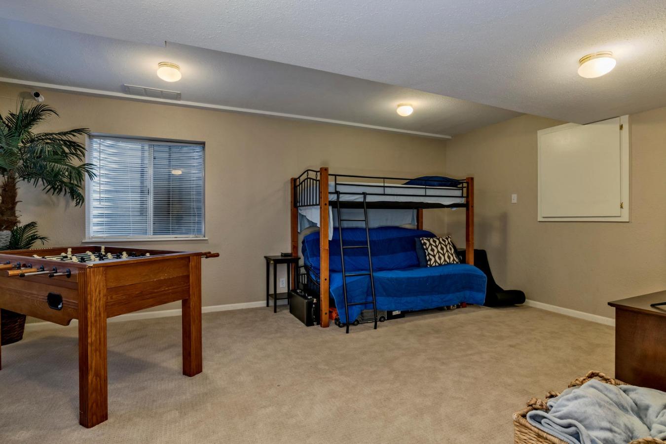 Finished Basement has Large Rec Room