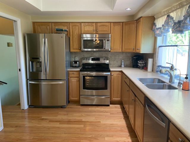 Totally Remodeled Kitchen w/Stainless Appliances