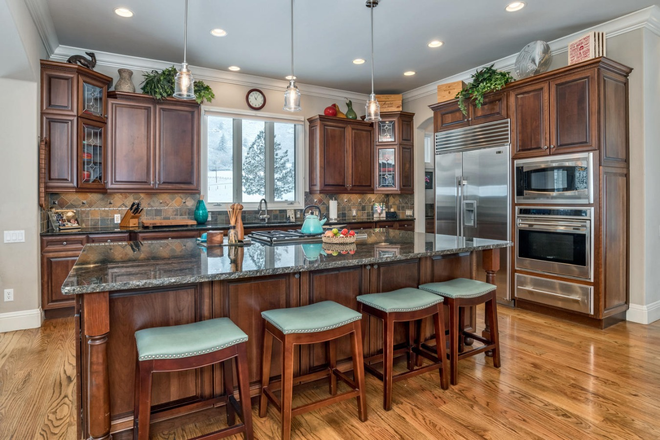 Stainless High-end Kitchen Appliances