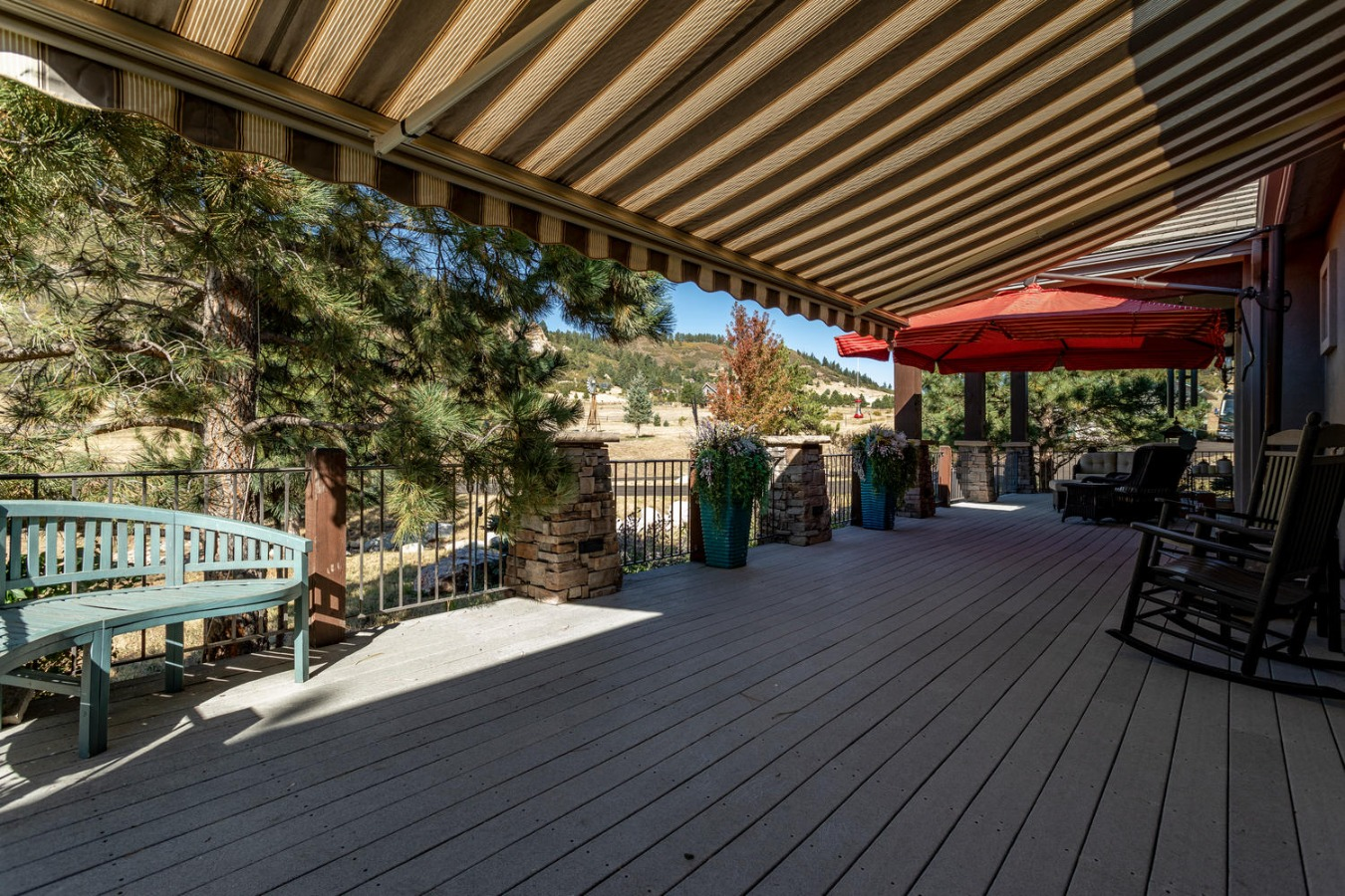 Deck Has Retractable Awning System