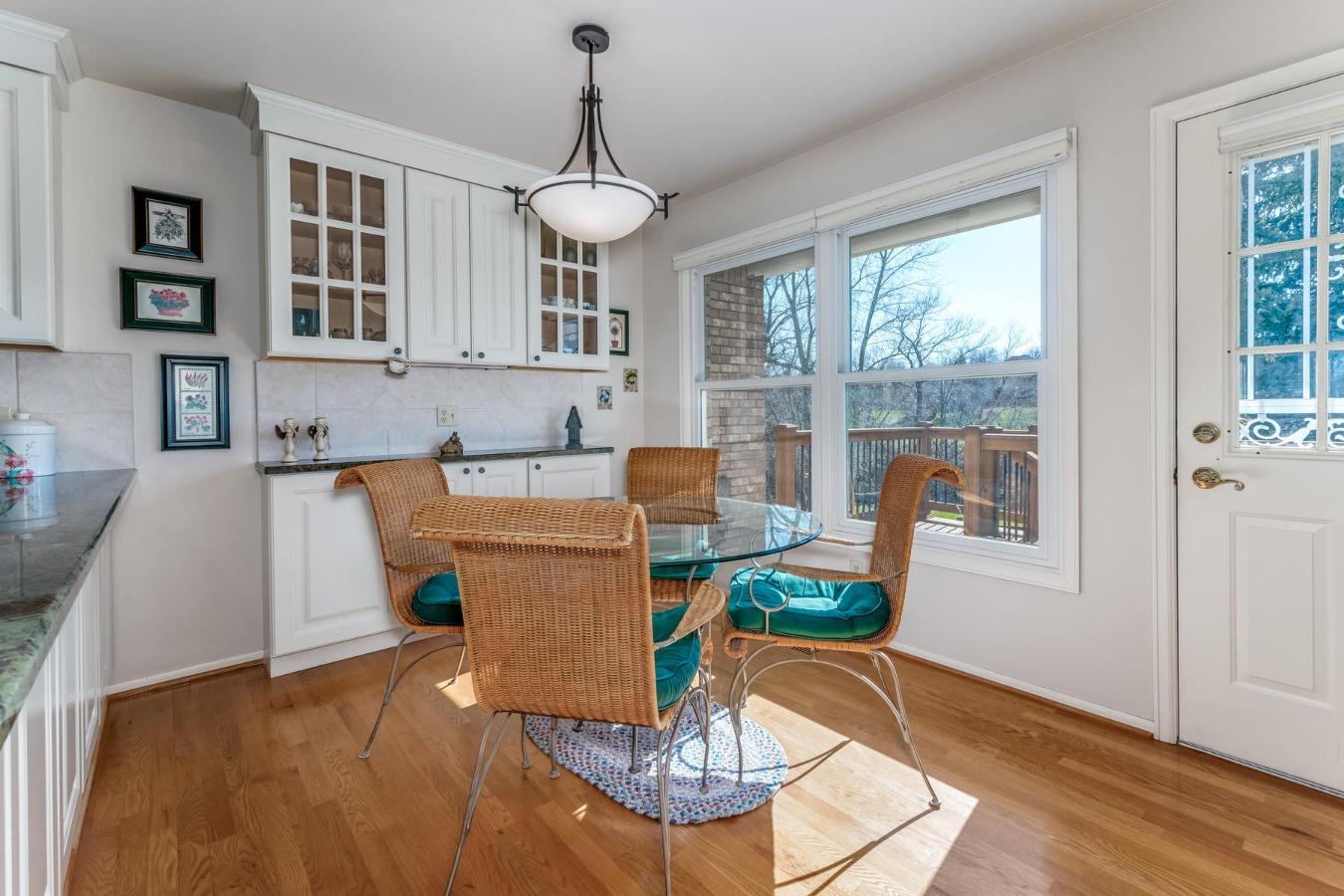 Kitchen Nook with Views in Eat-in Kitchen