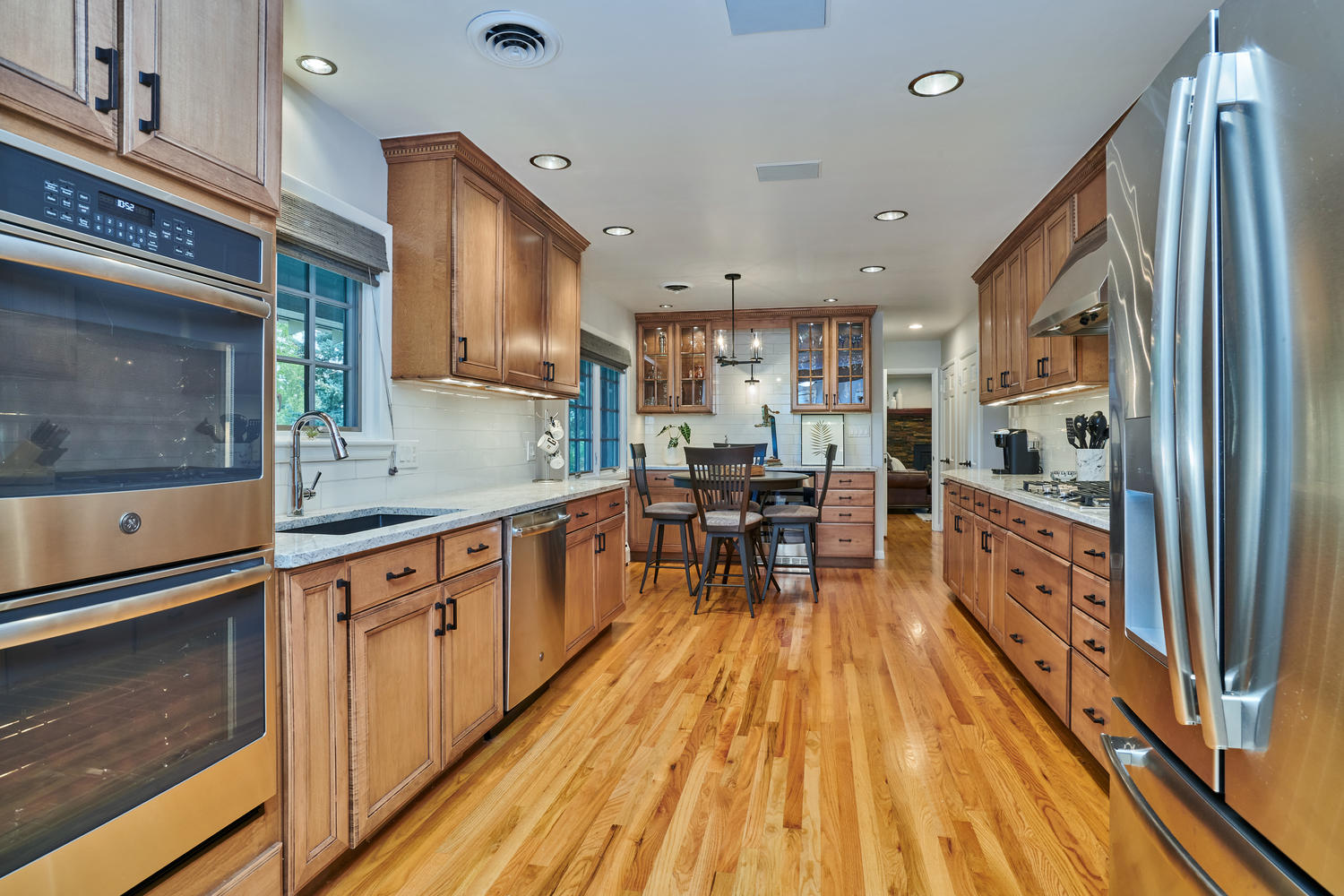 Stainless Appliances & Expansive Granite Counters