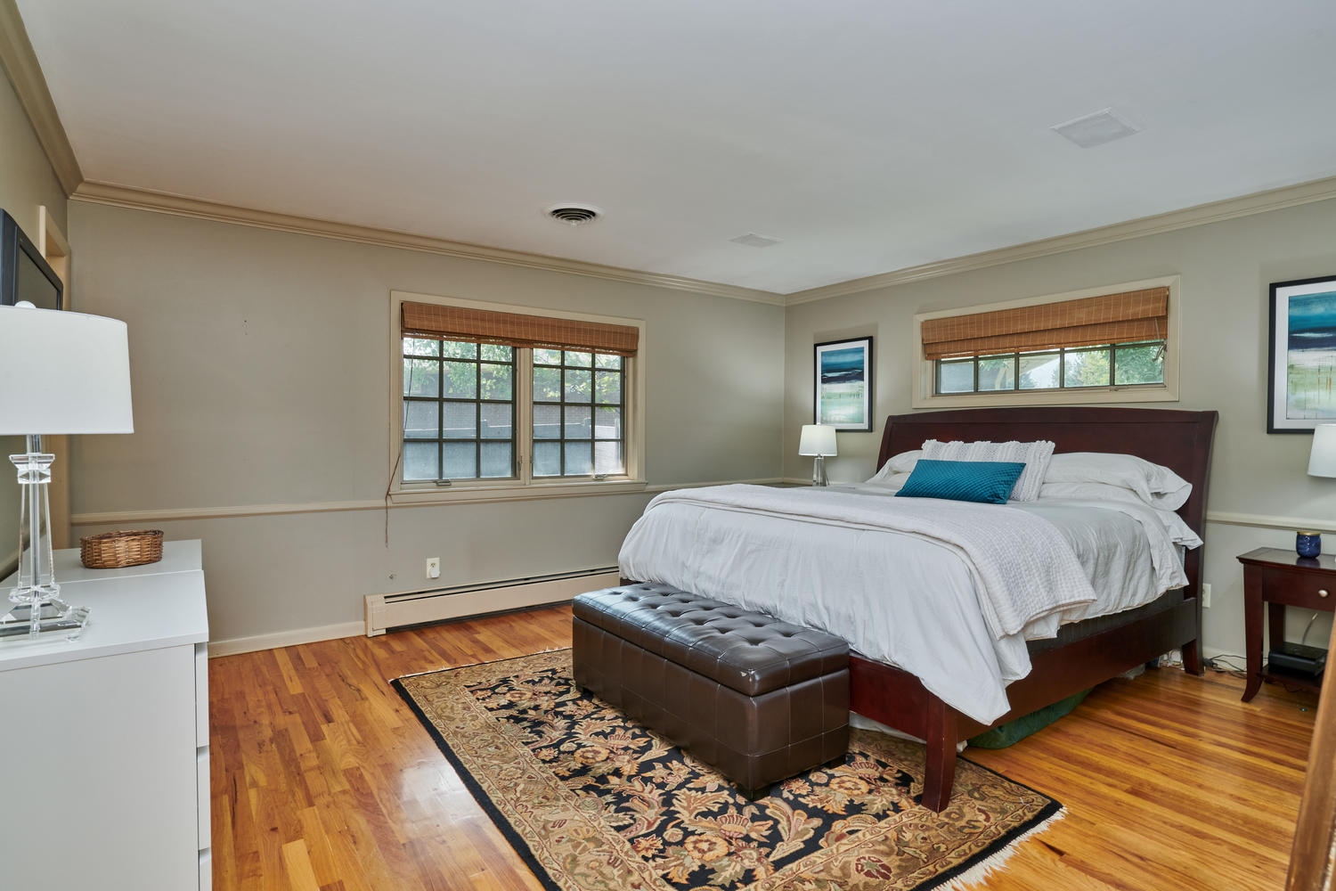 Sizeable Master Bedroom Suite
