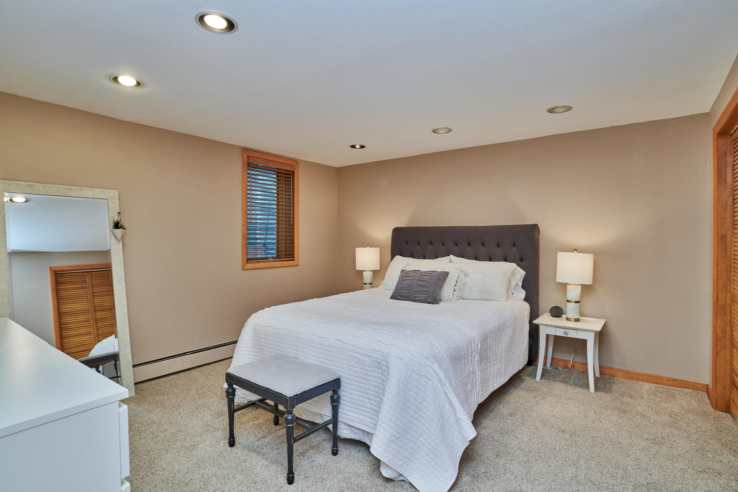 Very Spacious 4th BR in Finished Basement