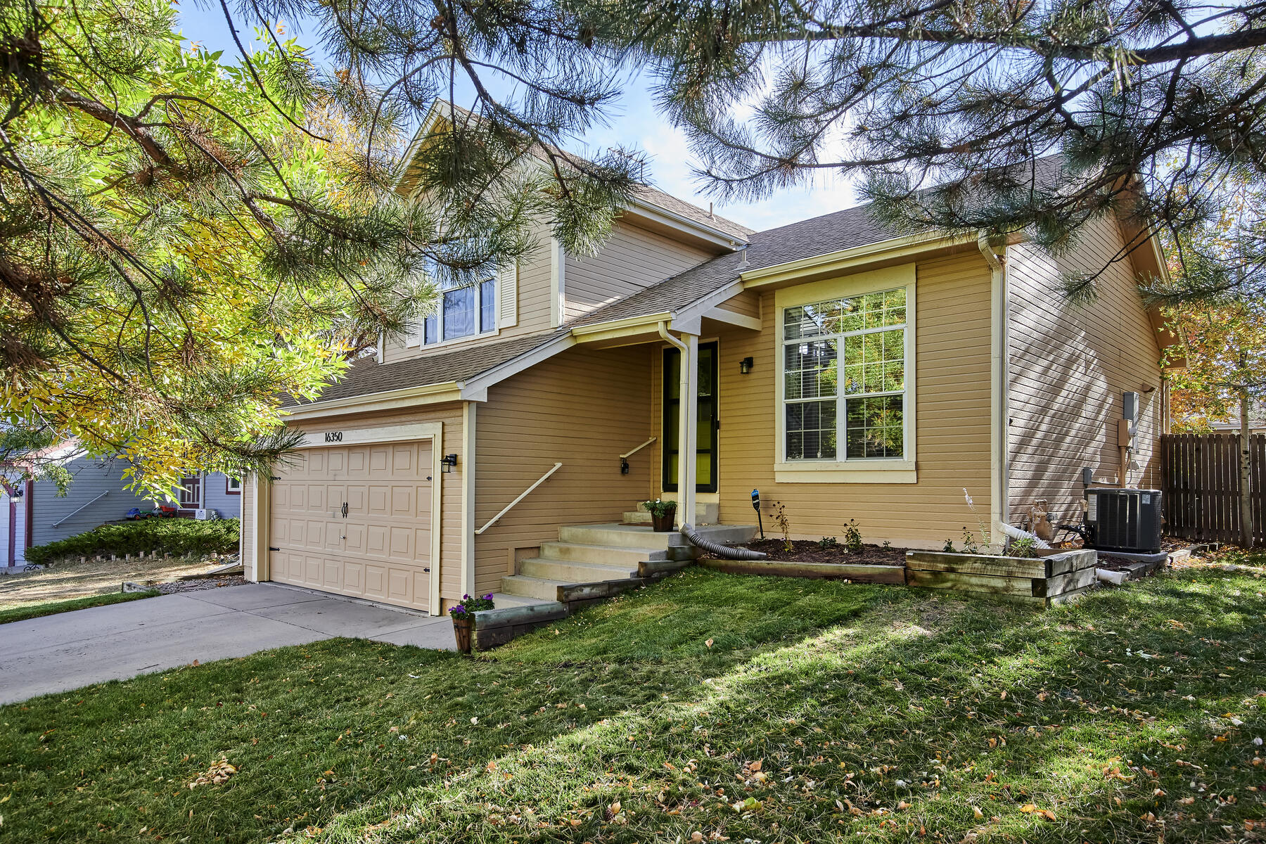 Nicely Updated Home in Hills of Cottonwood