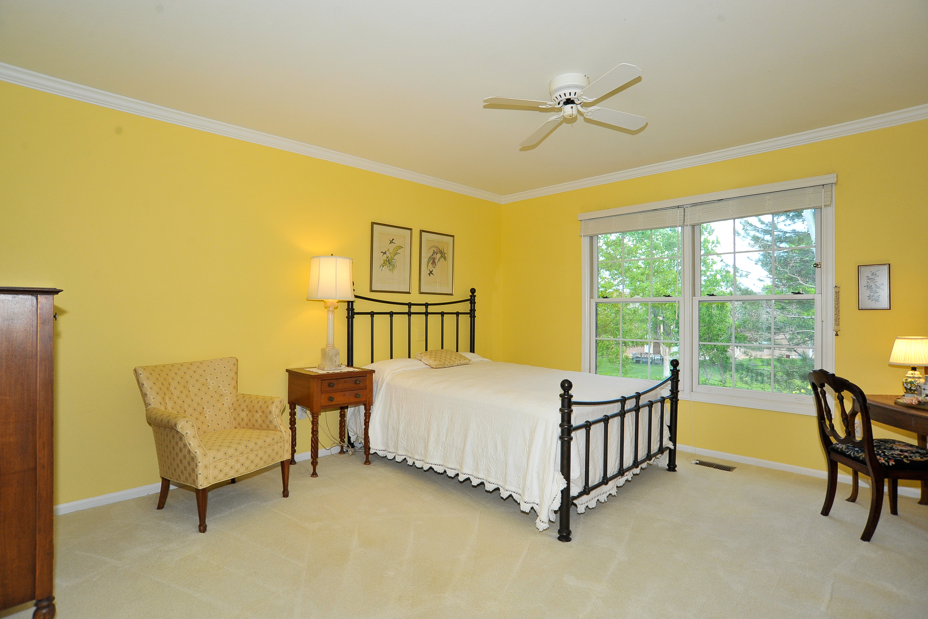 Huge Main Floor Master Bedroom w/Adjoining Bath