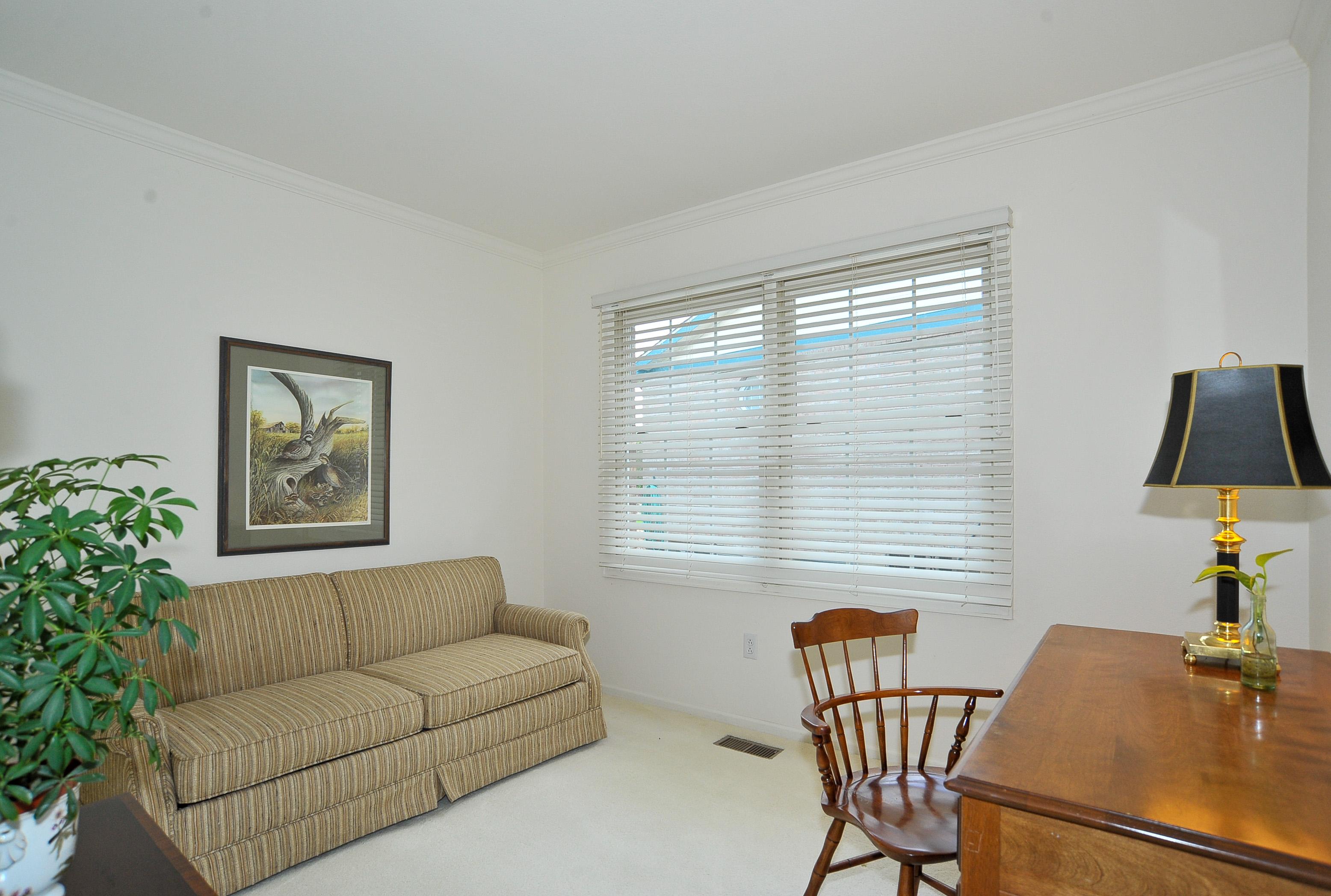 Main Floor Study/Den or Flex Space for Hobby Room
