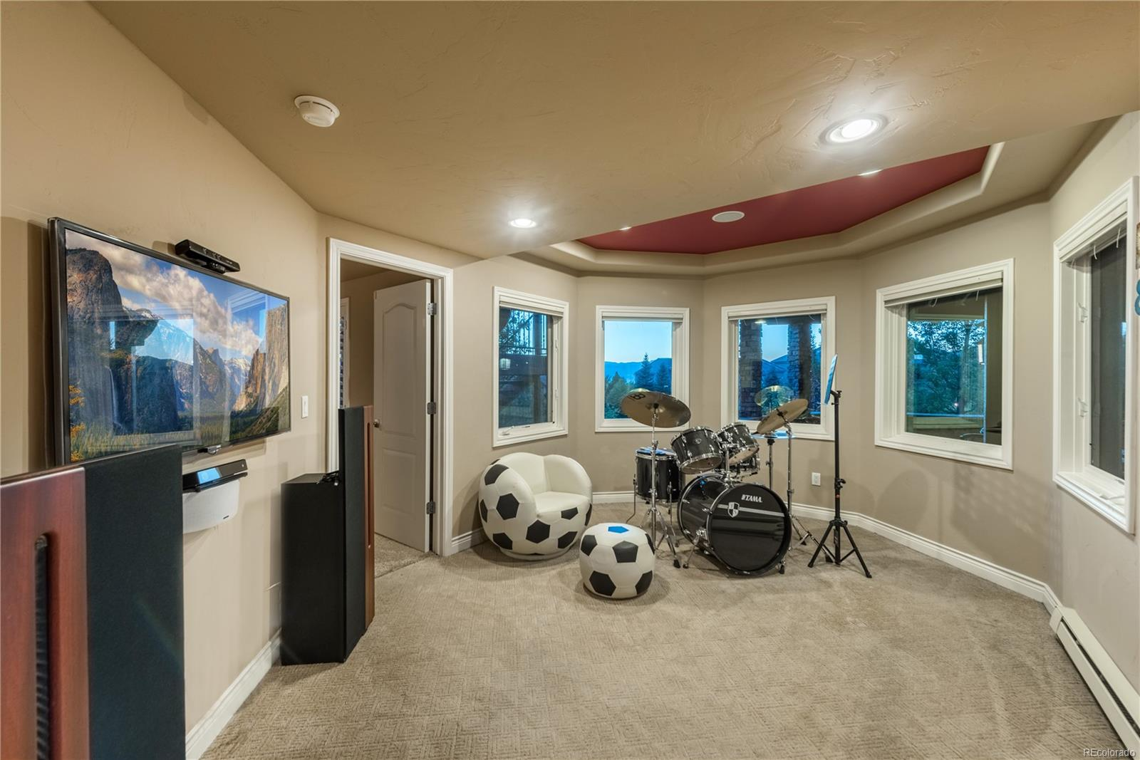 Bonus room is ideal for video games or lounging.