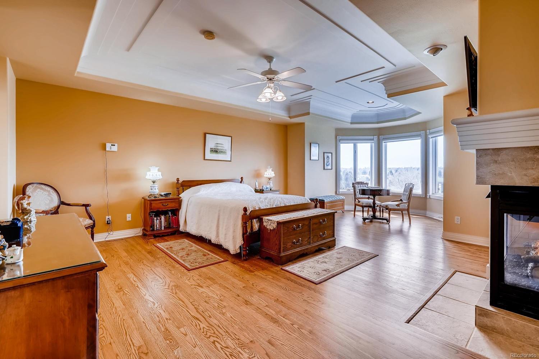 Upper level master bedroom suite