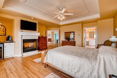Upper level master bedroom suite/coffee bar