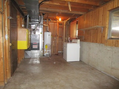 Laundry and mechanical room