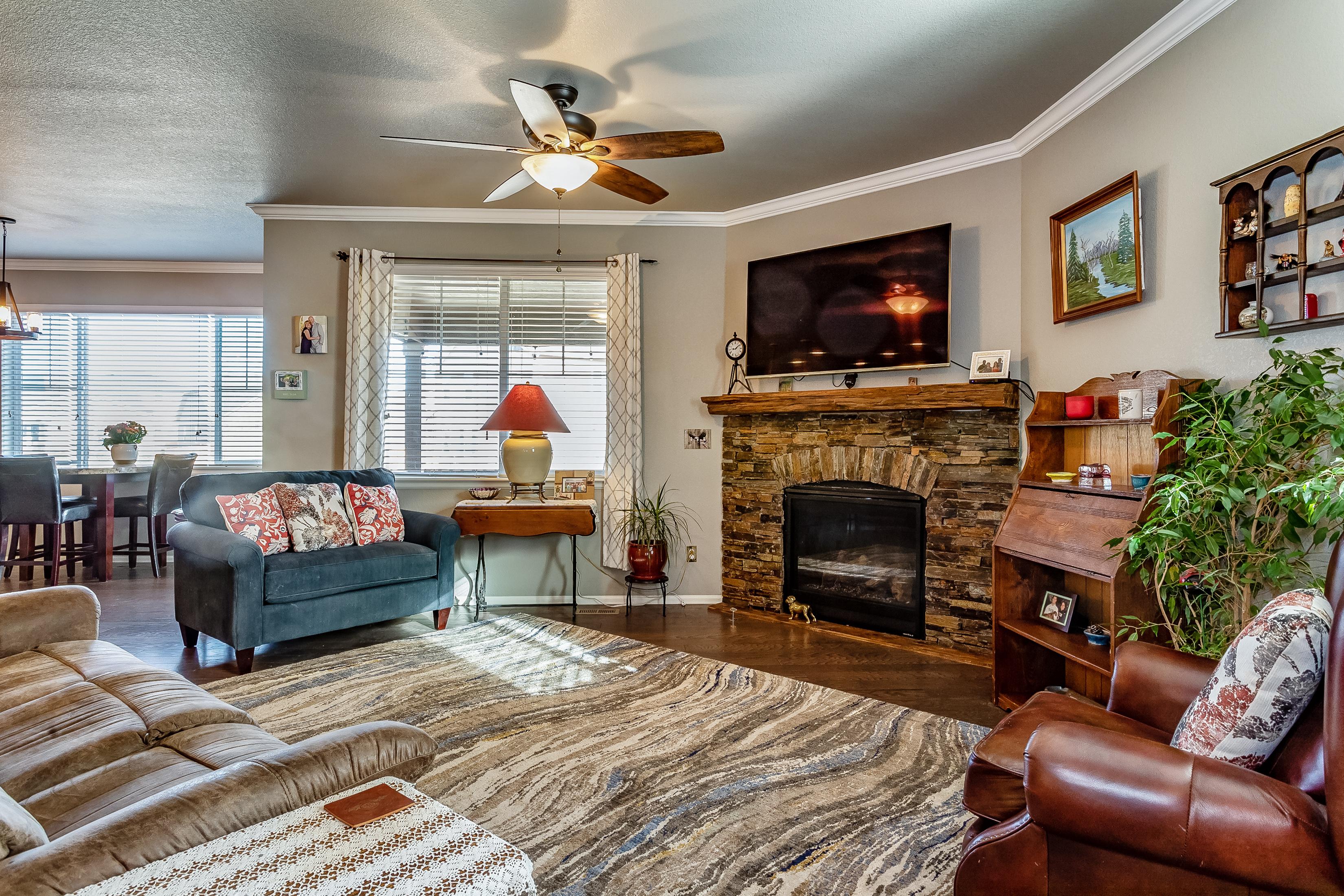Family room w/stone fireplace