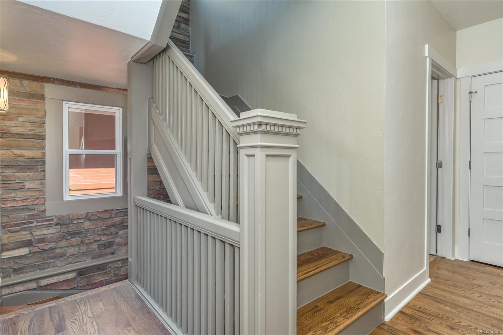 ORIGINAL WOODWORK & BANISTERS!
