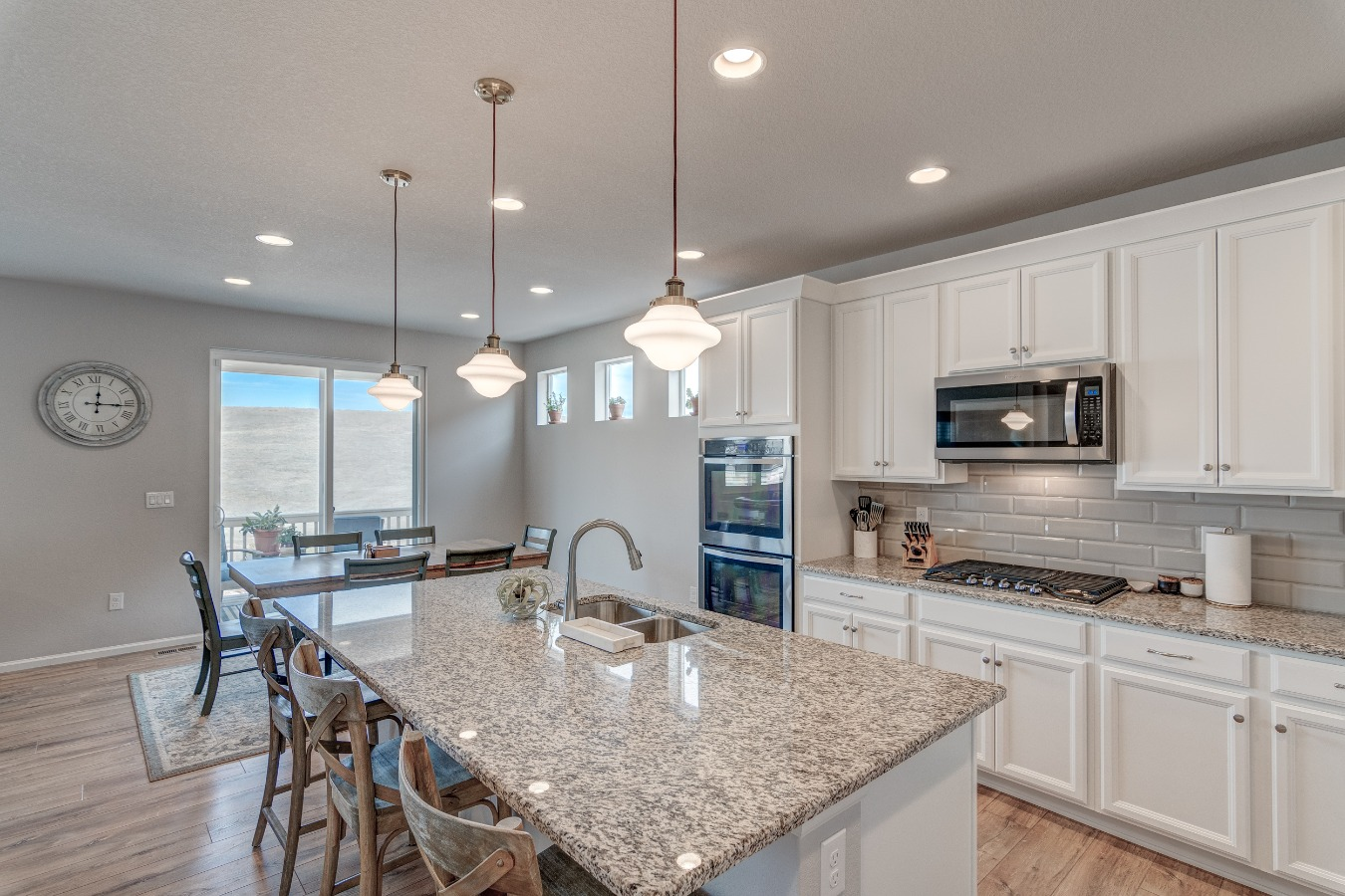 Sleek Granite & stainless steel  Kitchen