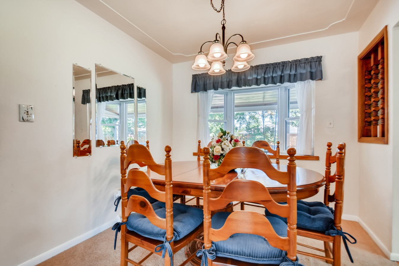 Expandable Dining Room for 2 or 20