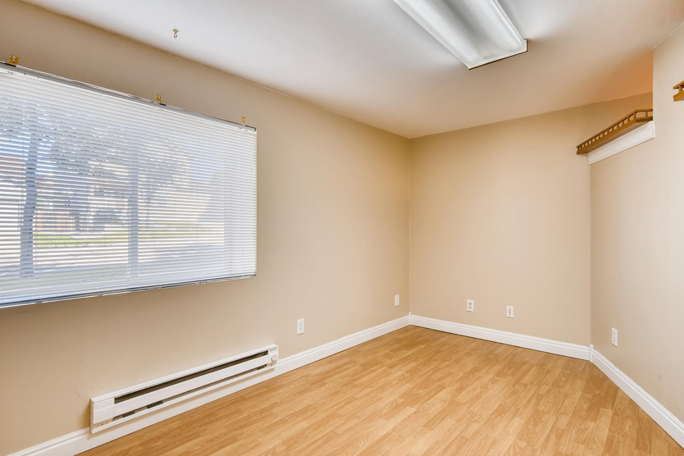 Room could be used for hobbies/exercise area