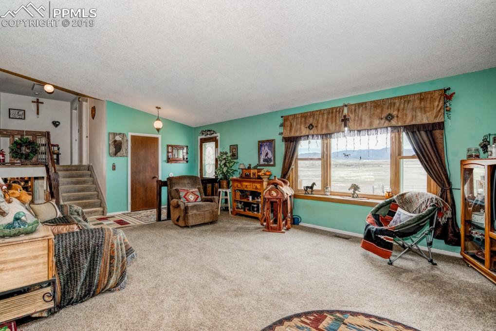 Vaulted Ceilings, Bay Window With Pikes Peak View
