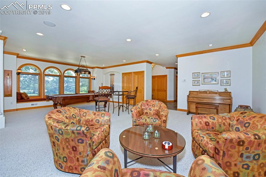 Flex Room, Perfect for Entertaining & Relaxing