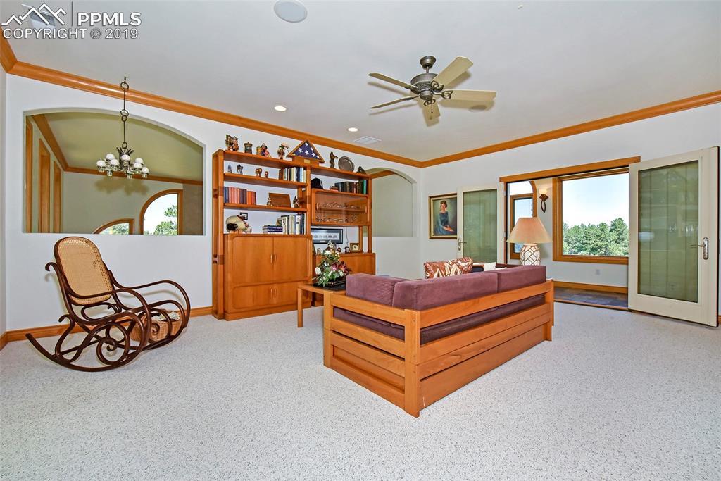 Upper Level Loft & Sun Room
