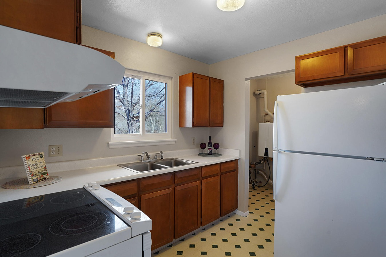 Kitchen Leading to Laundry