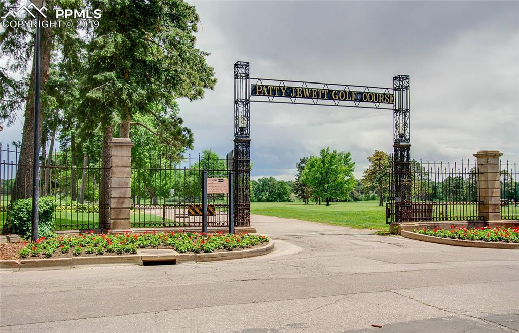 Walking distance to entertainment, golfing and some of the best views in Colorado Springs.