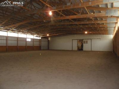 Convenient Set Up With Side, Slide Door and Direct Access To Barn!