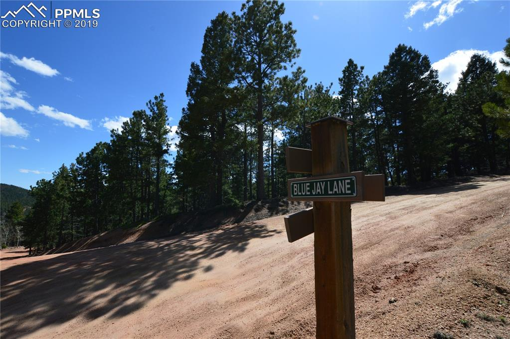 Lot sits on the corners of Boulder & Quaking Aspen, and Boulder & Blue Jay Lane
