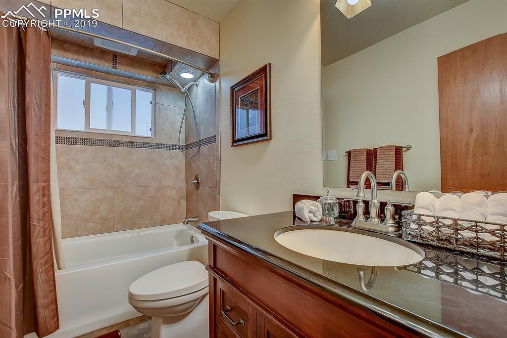 Bathroom-Main Level