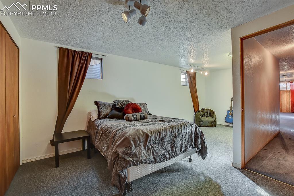 Basement level Bedroom!
