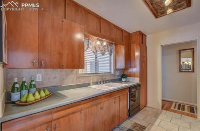 Kitchen has tons of counter space!