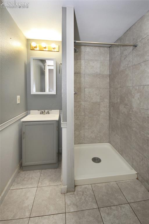 3/4 bathroom lower level