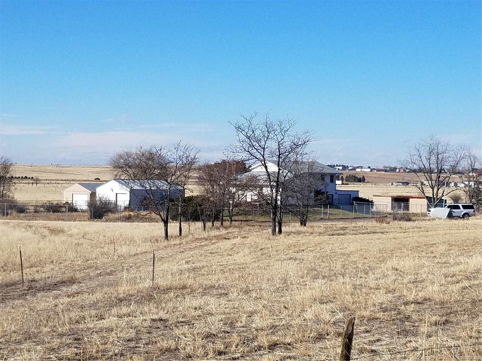 3 BUILDINGS * 2 SHEDS * ON 8.7 MOUNTAIN VIEW ACRES * NO COVENANTS *