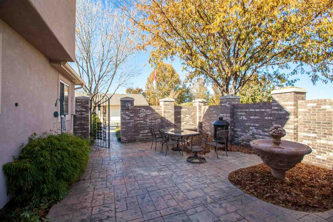 Private, Walled Courtyard Leads to the Front Door!