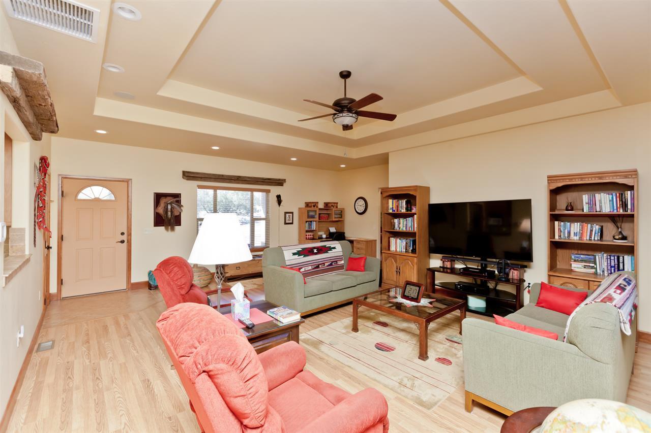 Beautiful and Durable Wood Laminate Flooring!