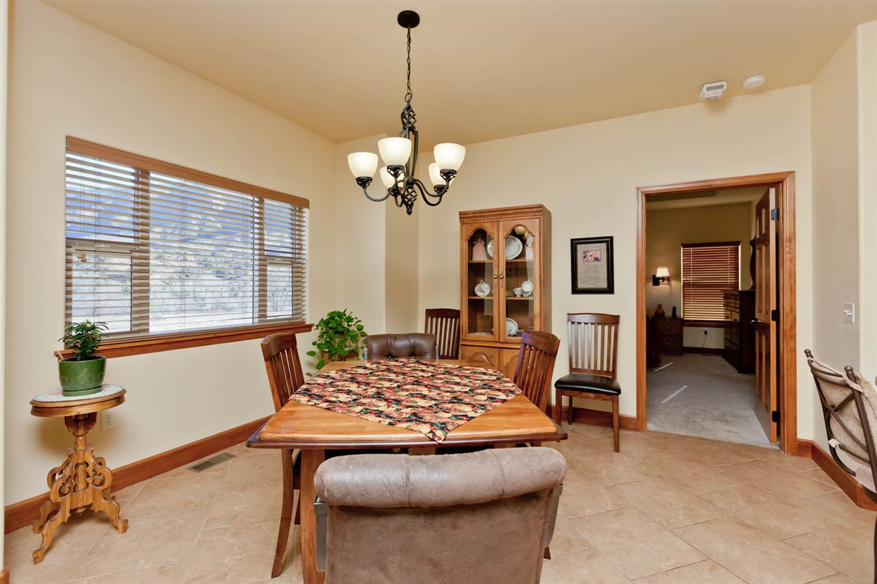 Formal Dining Space!