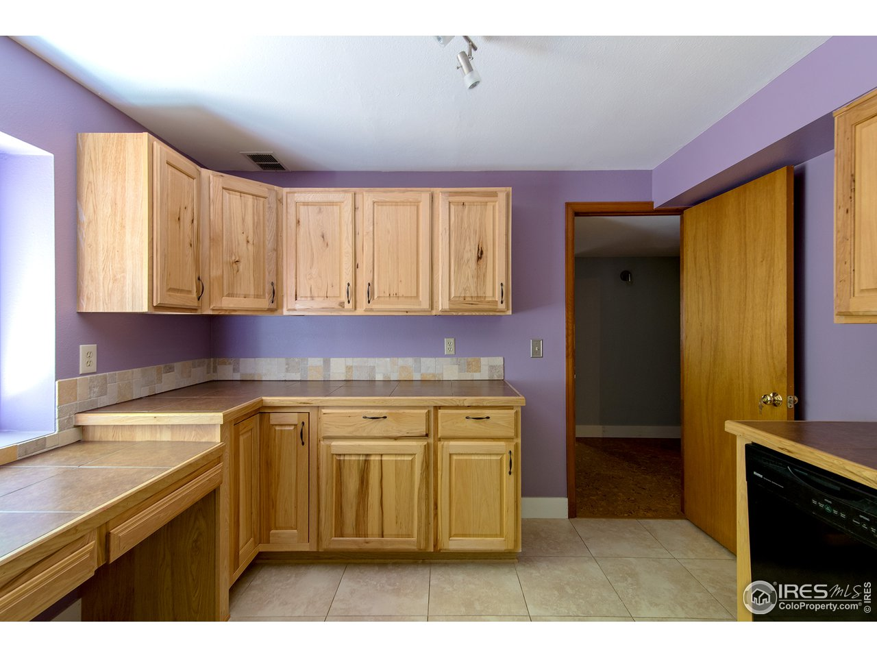 Lower BR with cabinets