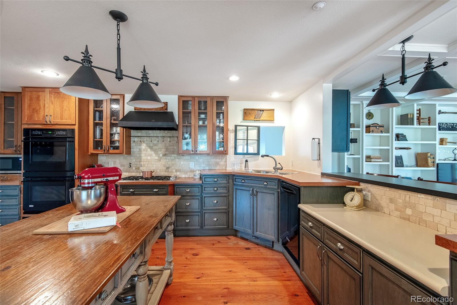 Inviting kitchen with center island
