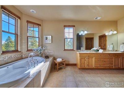 Luxury 5 piece Master Bath