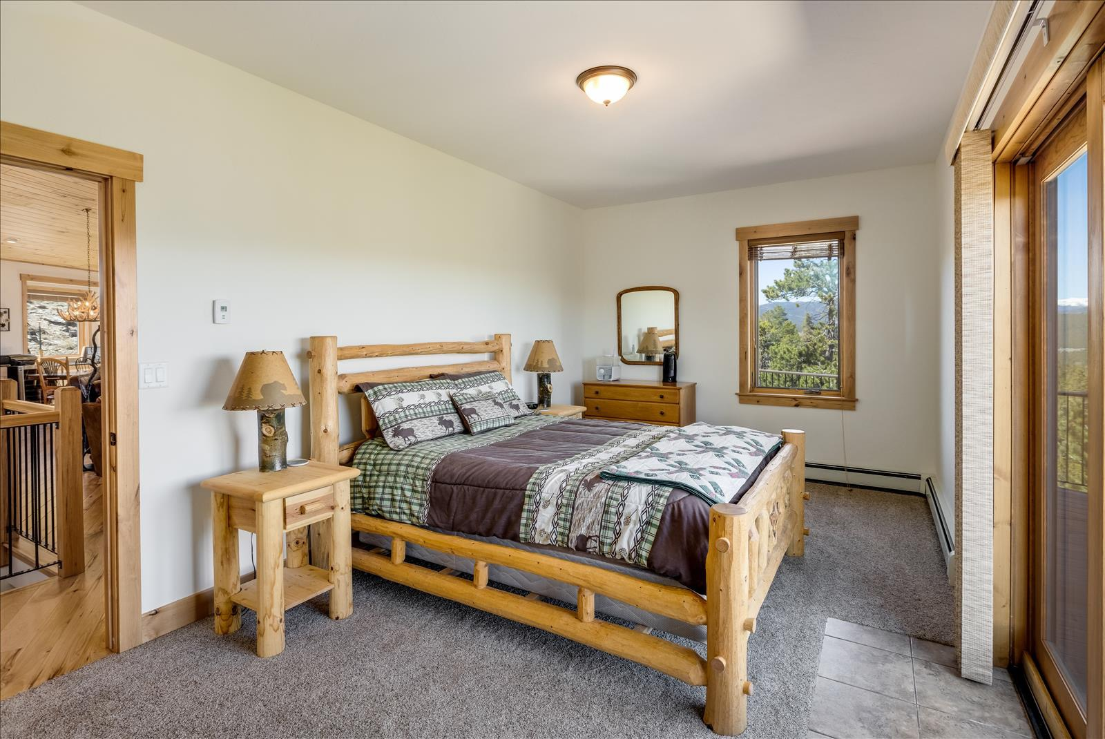 Guest room on main
