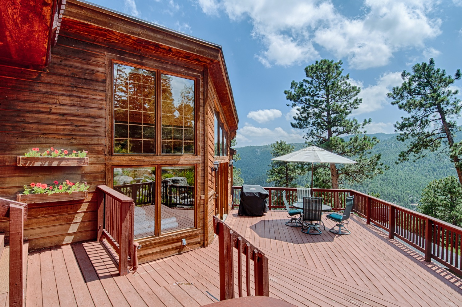 Deck leading to kitchen/dinning