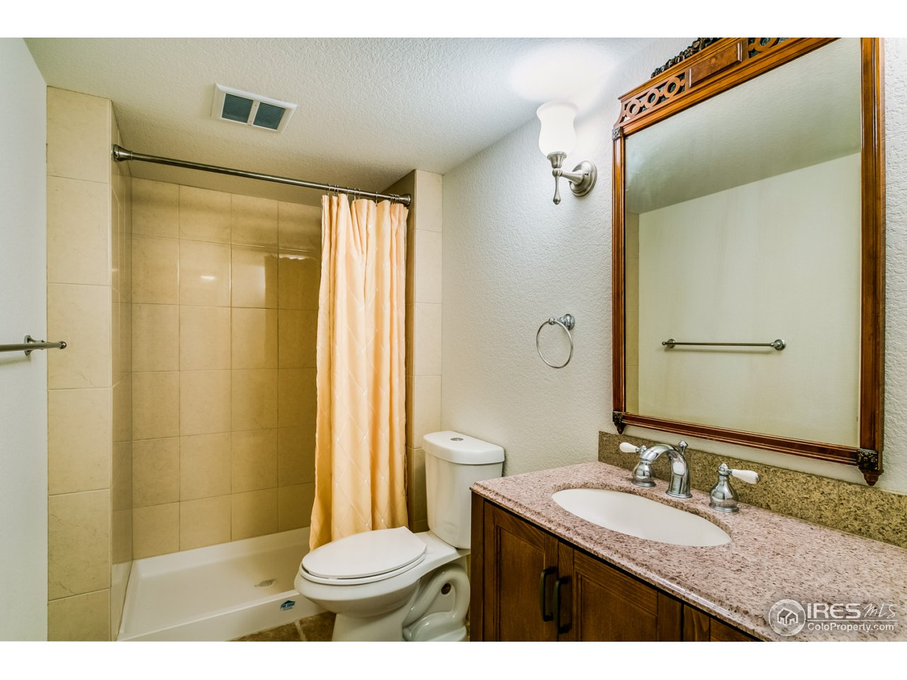 Lower bath with shower