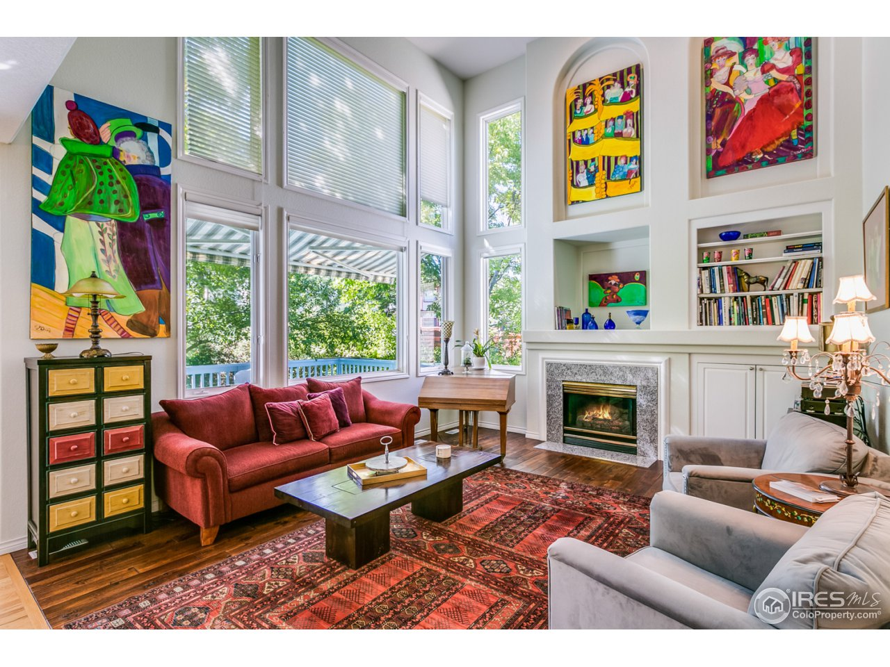 Family room with vaulted ceilings