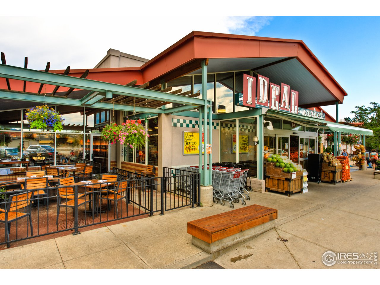 Ideal Market / Whole Foods