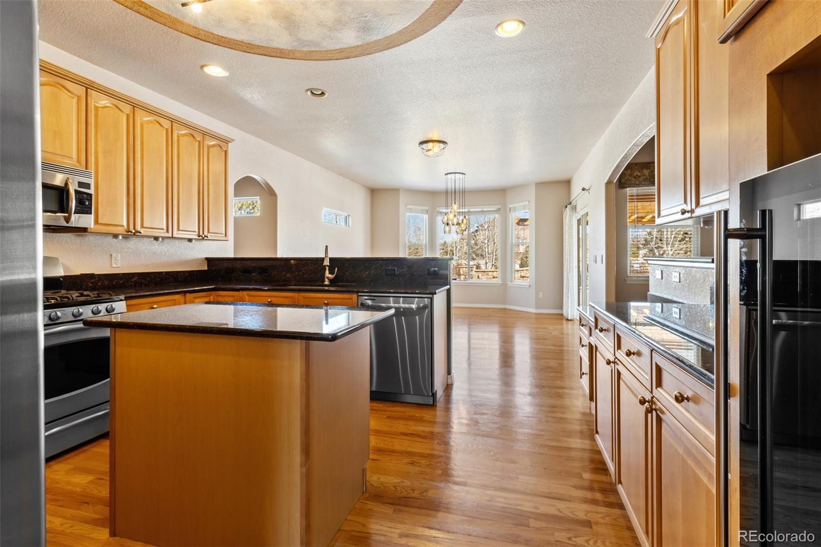 Kitchen facing Keeping room