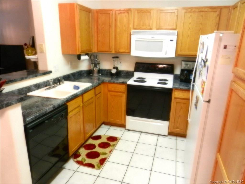 Big, kitchen with eat-in dining area. Open to Family Room