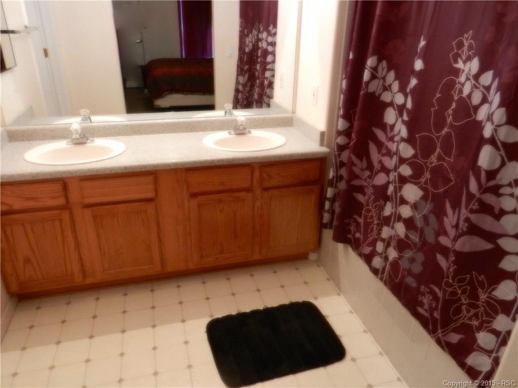 Master Bath with dual vanities and Garden Tub