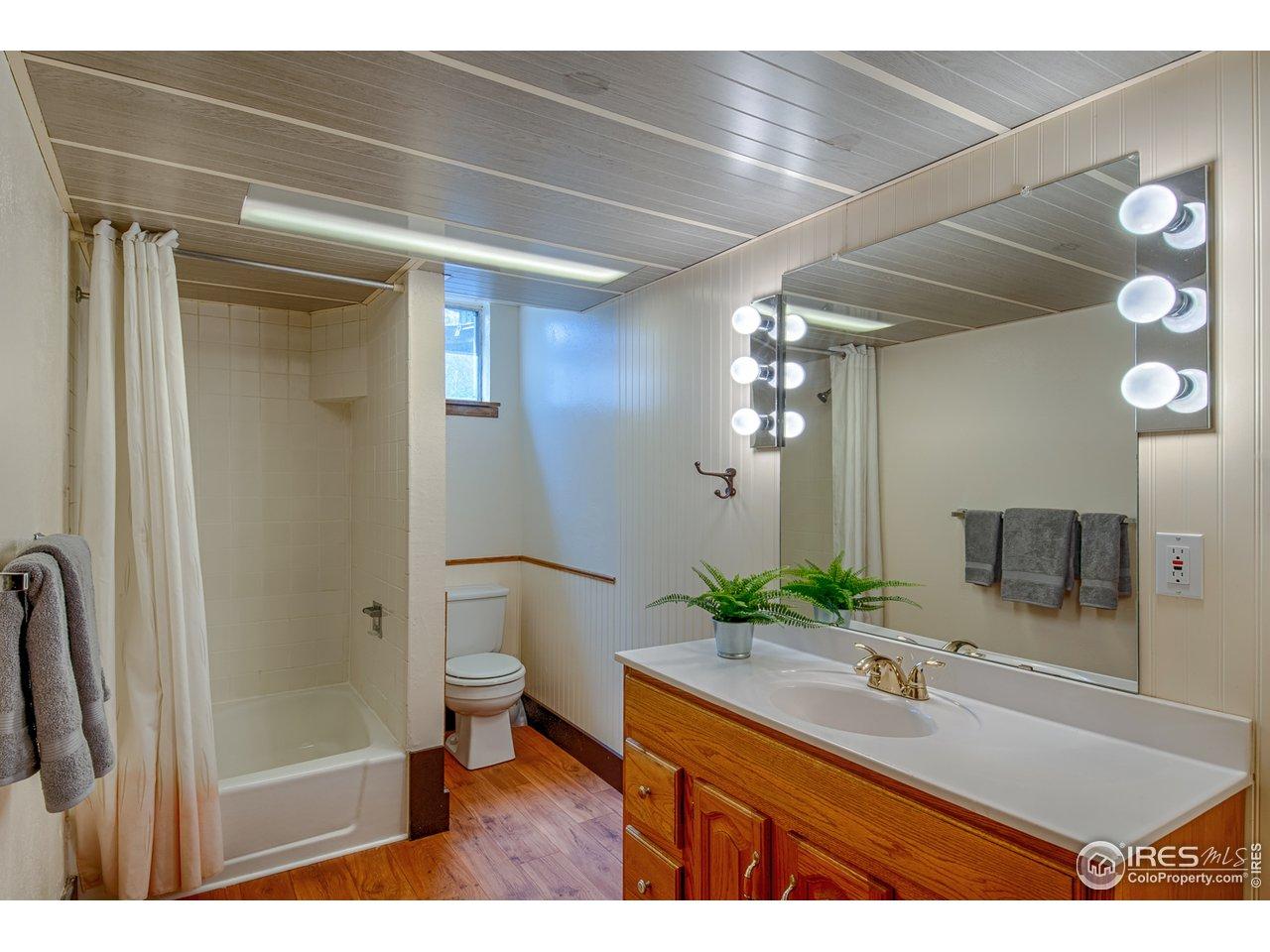 Lower level spacious 3/4 bath