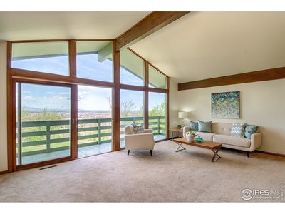 Main level vaulted ceiling living room