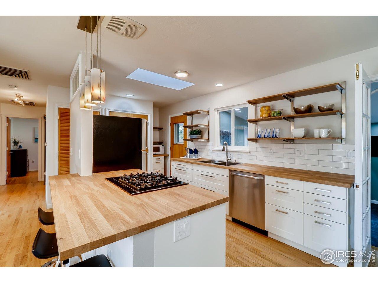 Countertop dining with open kitchen floorplan